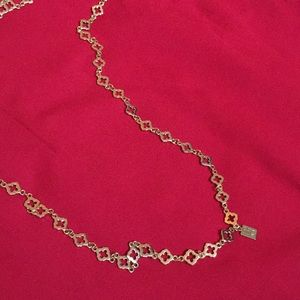 Long gold trefoil necklace